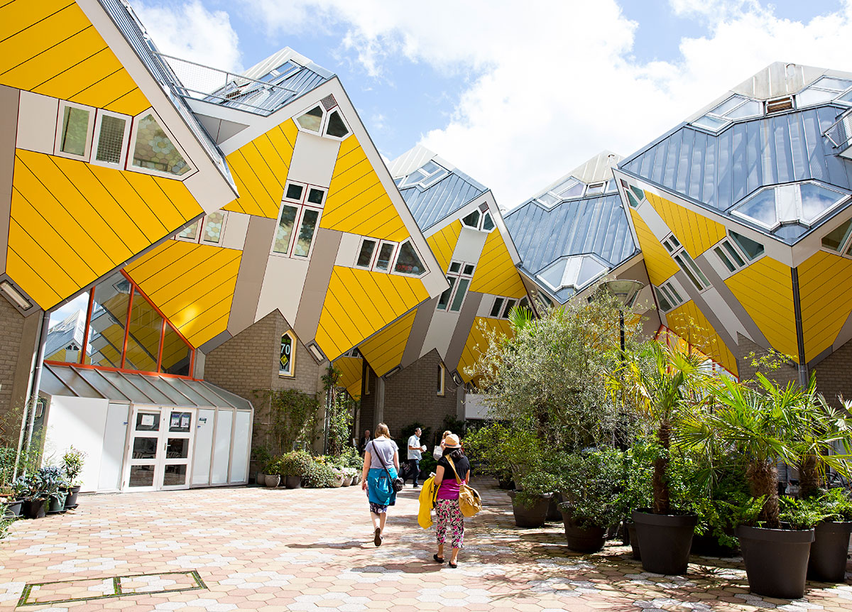 Cube houses, Photo: Iris van den Broek