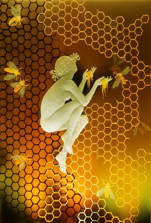 Alison Kinnaird: Queen Bee Alison Kinnaird [Photo Robin Morton]